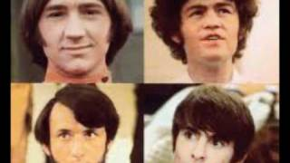 Watch Monkees Listen To The Band video