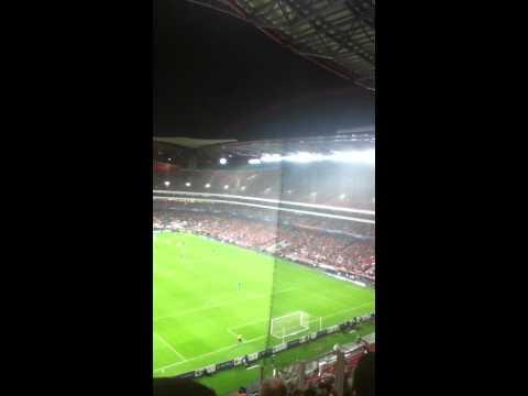 Celtic Fans in Lisbon v Benfica 20/11/12 Post Samamras Goal