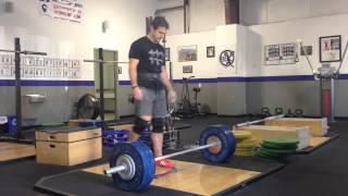 Breathing in weightlifting