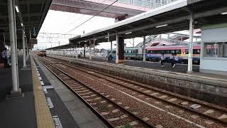 JR西日本115系湘南色 多度津駅到着 2018/9/25