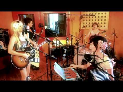 Katzenjammer - I Will Dance (When I Walk Away) - Acoustic Session