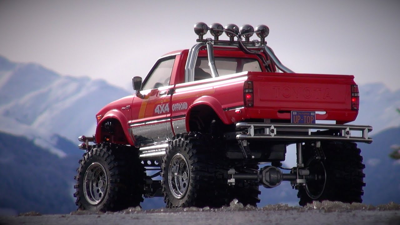 tamiya toyota 4x4 pick up mountain rider on a winter day in the mountains youtube. Black Bedroom Furniture Sets. Home Design Ideas