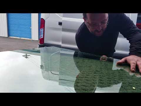 Cutting laminated flat glass