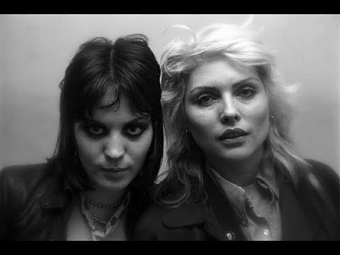Blondie - I Love Playin' With Fire (The Runaways) 1977