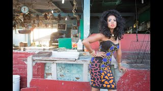 Watch Kelis Jerk Ribs video