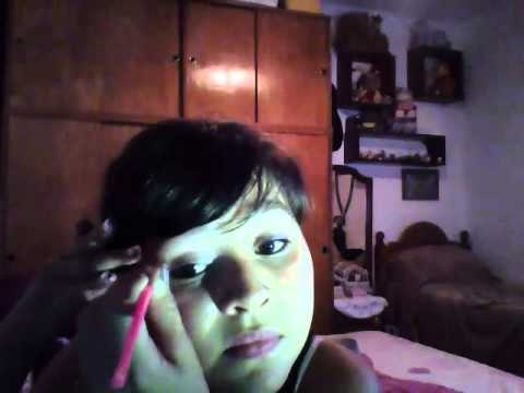 Como pintarse los ojos facil youtube for Pintarse los ojos facil