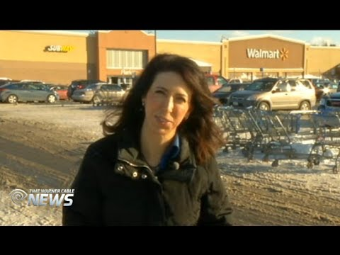 Holiday Parking Lot Safety with Car Expert Lauren Fix