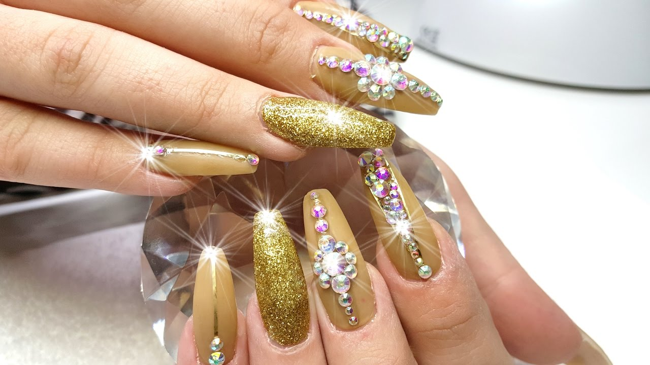 Acrylic Nails SUPER LONG!!! Gold Nail Design - YouTube