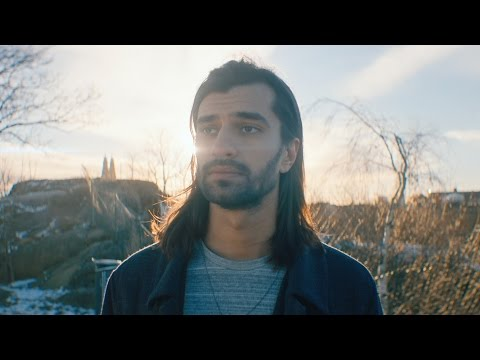 Jeremy Olander brings the sound of Vivrant to Auxy