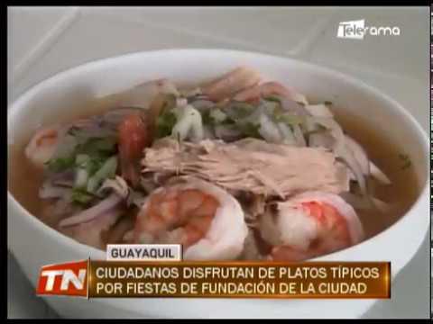 Ciudadanos disfrutan de platos típicos por fiestas de fundación de la ciudad