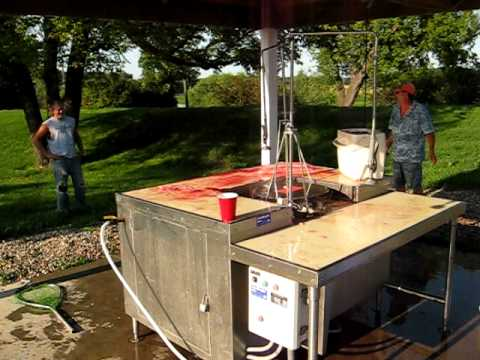 Drayton fish cleaning station blood bath youtube for Homemade fish cleaning table