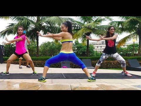 Aqua Zumba With Sucheta Pal, Maria Browning and Shweta Pratap Singh