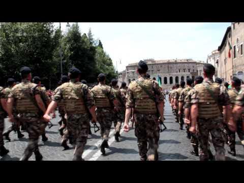 Festa della Repubblica-Parata militare 2 giugno 2011- San Marco.MOV
