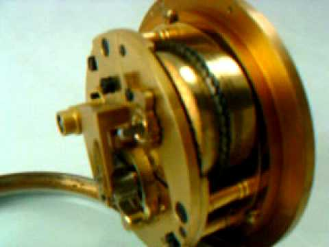 WWII ERA THOMAS MERCER MARINE / SHIP CHRONOMETER CLOCK (video 1)