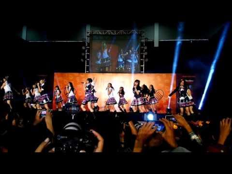 (FANCAM)  JKT48 – Kinou yori motto suki (TEAM T)  #JKT48HalloweenHSF