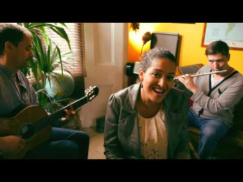 "Da Lata ""Deixa"" Acoustic. Feat Jandira Silva, Finn Peters, Chris Franck."