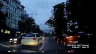 Как олень открыл дверь и чуть не потерял ножку...(ஜ════════ஜ ۩ Киев Такси Live ۩ ஜ════════ஜ ║☆Киев Такси Live present: ║Такси как такси. ║Такси - бизнес..., 2014-12-03T12:18:51.000Z)