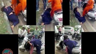 Drunk girls misbehaving in Chandigarh | The Lallantop