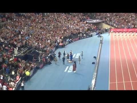 Hampden Park erupts into a rendition of Flower of Scotland! | Glasgow 2014 Commonwealth Games