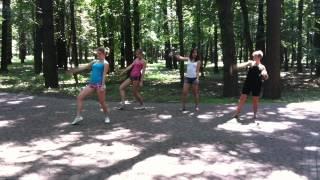 Бритни Спирс танцует голышом(, 2012-08-01T19:11:04.000Z)