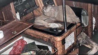 Яхта призрак дрейфовала в открытом море с мумией владельца(Яхта призрак дрейфовала в открытом море с мумией владельца У берегов Филиппин рыбаки обнаружили яхту-призр..., 2016-03-02T10:00:02.000Z)