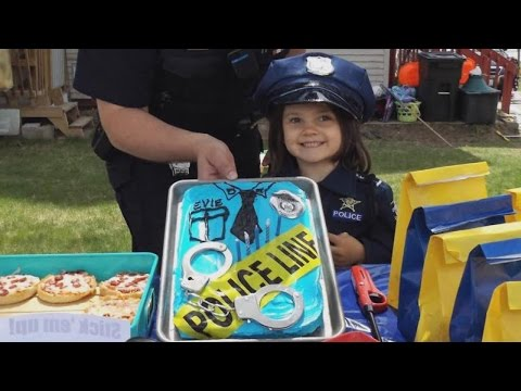 5-Year-Old Girl Who Loves Police Celebrates Birthday With Her Favorite Officer