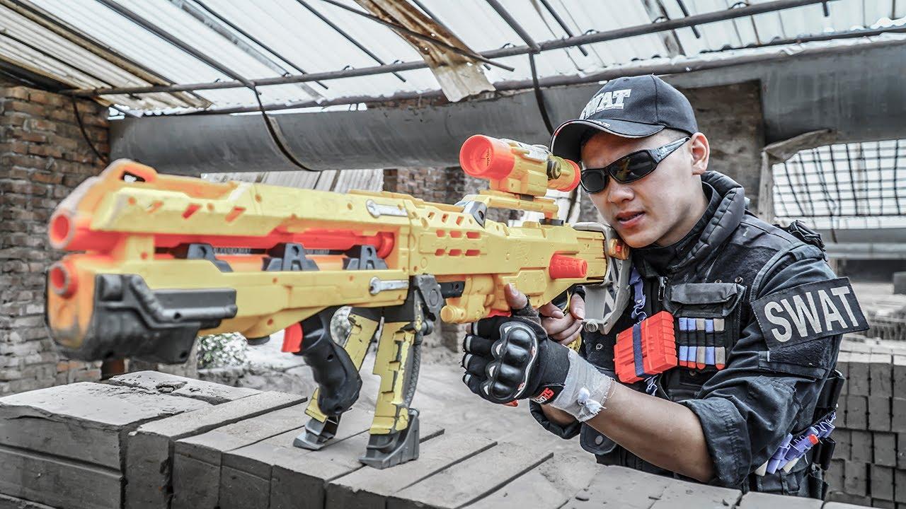 Films Nerf : S.E.A.L Sniper Nerf Guns Joker robs Cars Doctor Rescue Girl Nerf war