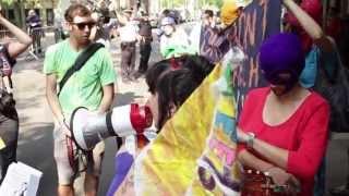 «Мне очень жаль, что вы ничего не поняли» - Lenta.doc 1433(17 августа 2012 года Хамовнический суд Москвы приговорил трех участниц феминистской панк-группы Pussy Riot Марию..., 2013-08-17T12:53:26.000Z)