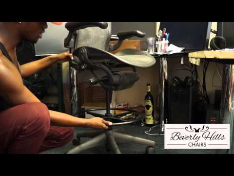 Herman Miller Aeron Drafting Stool by Beverly Hills Chairs Review