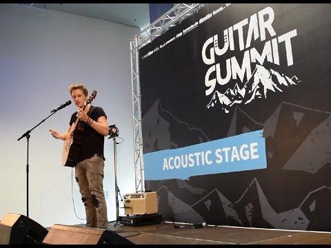 Guitar Summit 2017: Fingerstyle-Workshop von Tobias Rauscher