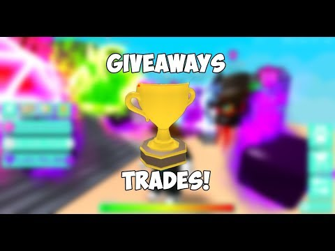 BUBBLE GUM SIMULATOR GIVEAWAYS AND TRADES!