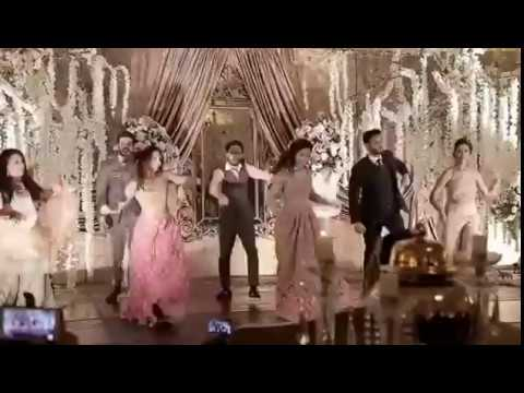 MAWRA HOCANE AND GUESTS DANCING TO BOLI PANI- URWA AND FARHAN'S WEDDING RECEPTION