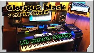 Mi nuevo setup del estudio, mucho mejor. Glorious black escritorio.