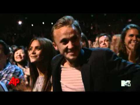 'Twilight' Again Sweeps MTV Movie Awards