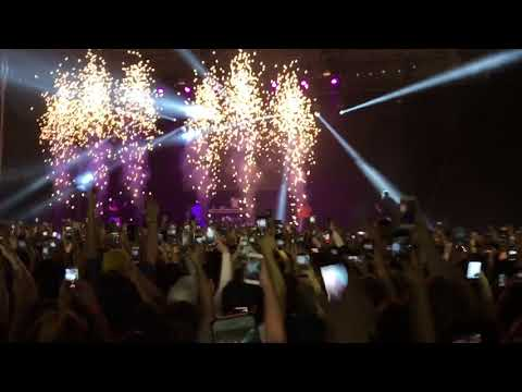 MIGOS - GET RIGHT WITCHA Melbourne Concert Live 2017 HD/HQ Quavo Offset Takeoff