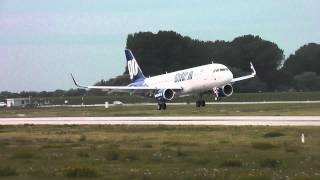 A320 GoAir VT- landing in XFW