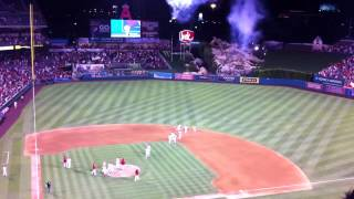 mike trout steals prince fielder home run to end game 9 8 12 angels stadium had to be there