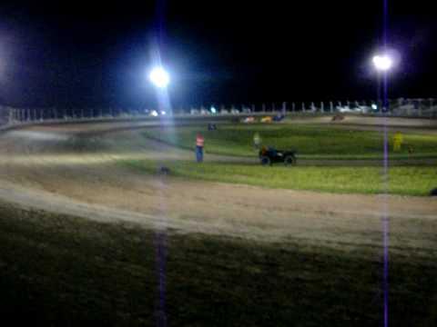 20100523_18.MOV Races at Airport Raceway May 22 2010