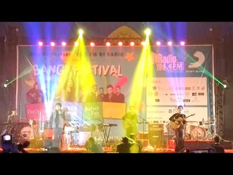 The Overtunes - The scrypt - the man who can't be moved Live (Cover)