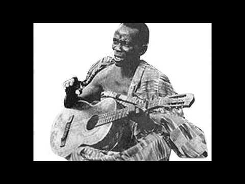 E. K.'s No. 1 Guitar Band - Ma Agyanka Nesu Nye Wosu
