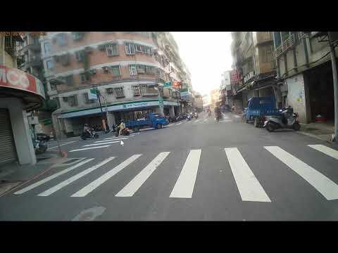 ##紅燈#逆向#機車#小心#三寶#蘆洲