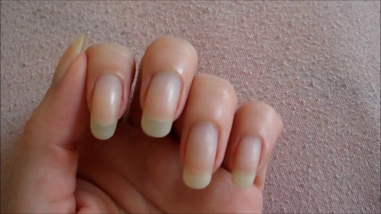 Our model scorpioncina is back: new video with bare long nails ...