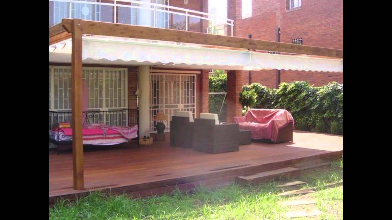 Casas de madera pergolas de madera y toldos youtube for Toldos para patios