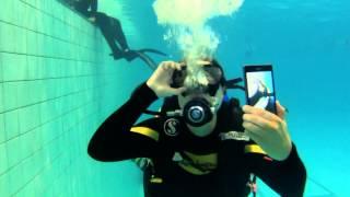 Тест съемки под водой. До 6 метров. Телефон Sony xperia Z1 обзор. Veryvery.ru(, 2013-10-11T12:09:03.000Z)