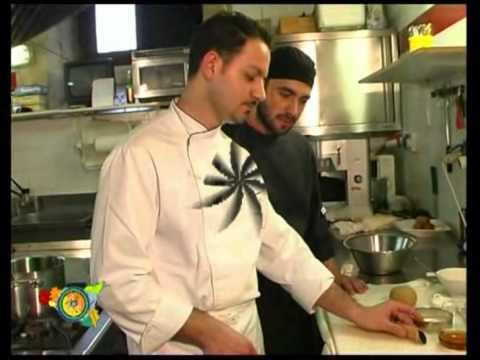 EAT SICILIAN CANNOLI DI RICOTTA