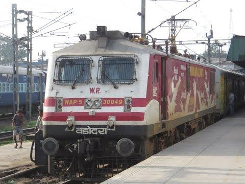 Mumbai-Delhi Full Journey: India's First Premium Special