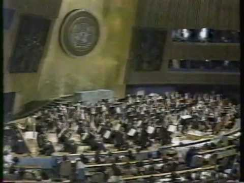 Verdi: La Traviata, arias - Dame Joan Sutherland, Sydney Symphony Orchestra at the UN