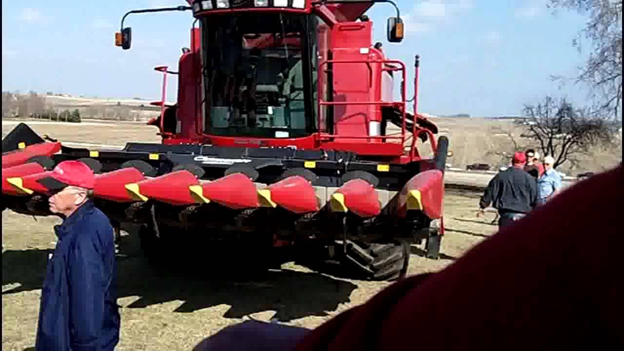 Case-IH 2366 Combine, Geringhoff Corn Head, Case-IH Bean