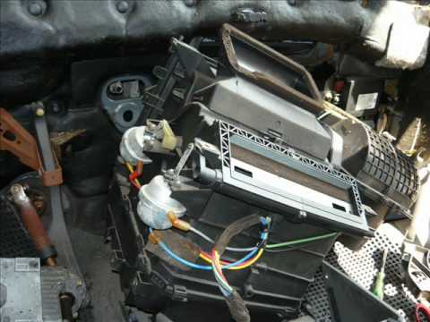 Evaporator core replacement Ford Mondeo 1998(GIF) - YouTube