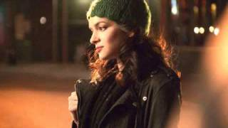 Watch Norah Jones Why Cant He Be You video
